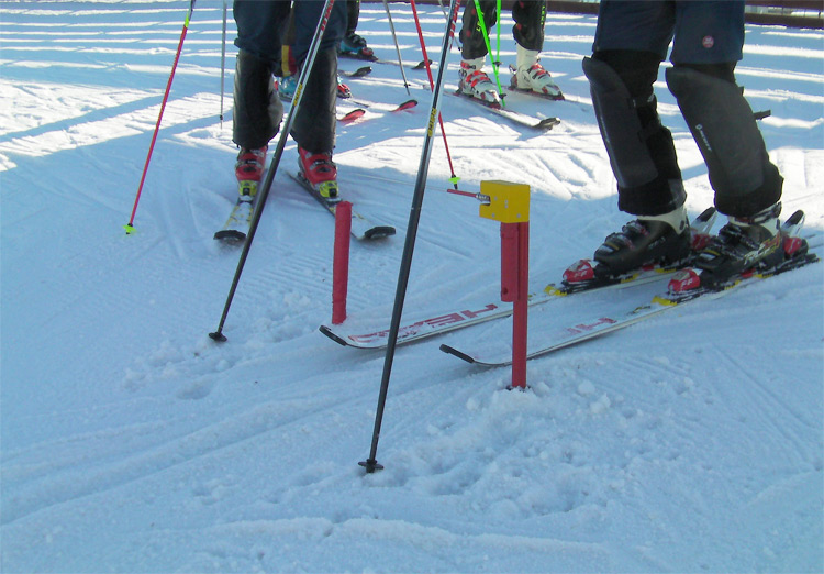 Timing system for Alpine skiing based on Arduino. Start gate