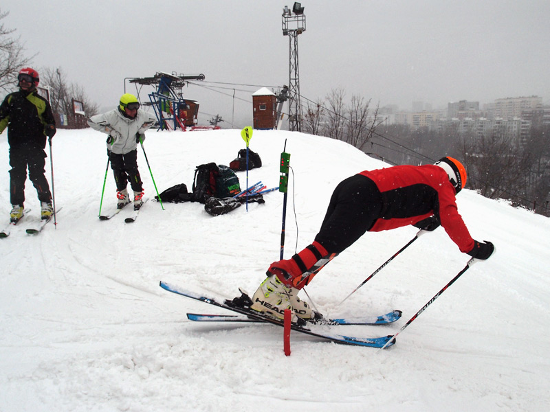 Vladimir Paskonov alpine skiing Arduino timing start